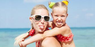 June offer in Family Hotel in Rimini on the sea Beach and Children Free